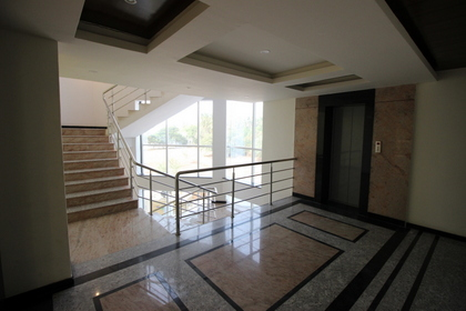 Clubhouse - Staircase